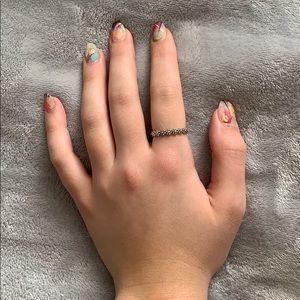 Size 8.5 Infinity Daisy Ring